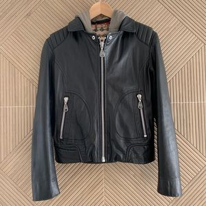 GORGEOUS!! DOMA HOODED CONVERTIBLE LEATHER JACKET